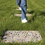 Making of personalized DIY stepping stones