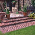 How to build Concrete steps for Gardens